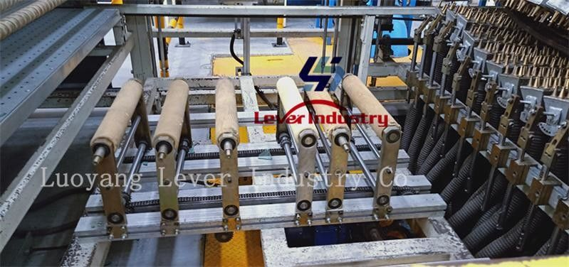 Double Curvature Glass Thoughening machine / Glass Tempering Furnace car backlites glass supplier