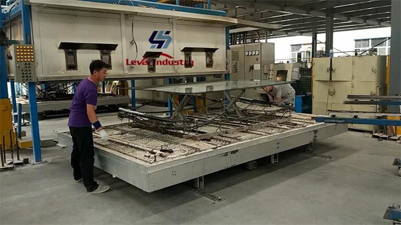 Auto Glass Bending Furnace for Bus front Windshield Glass Bending machine supplier